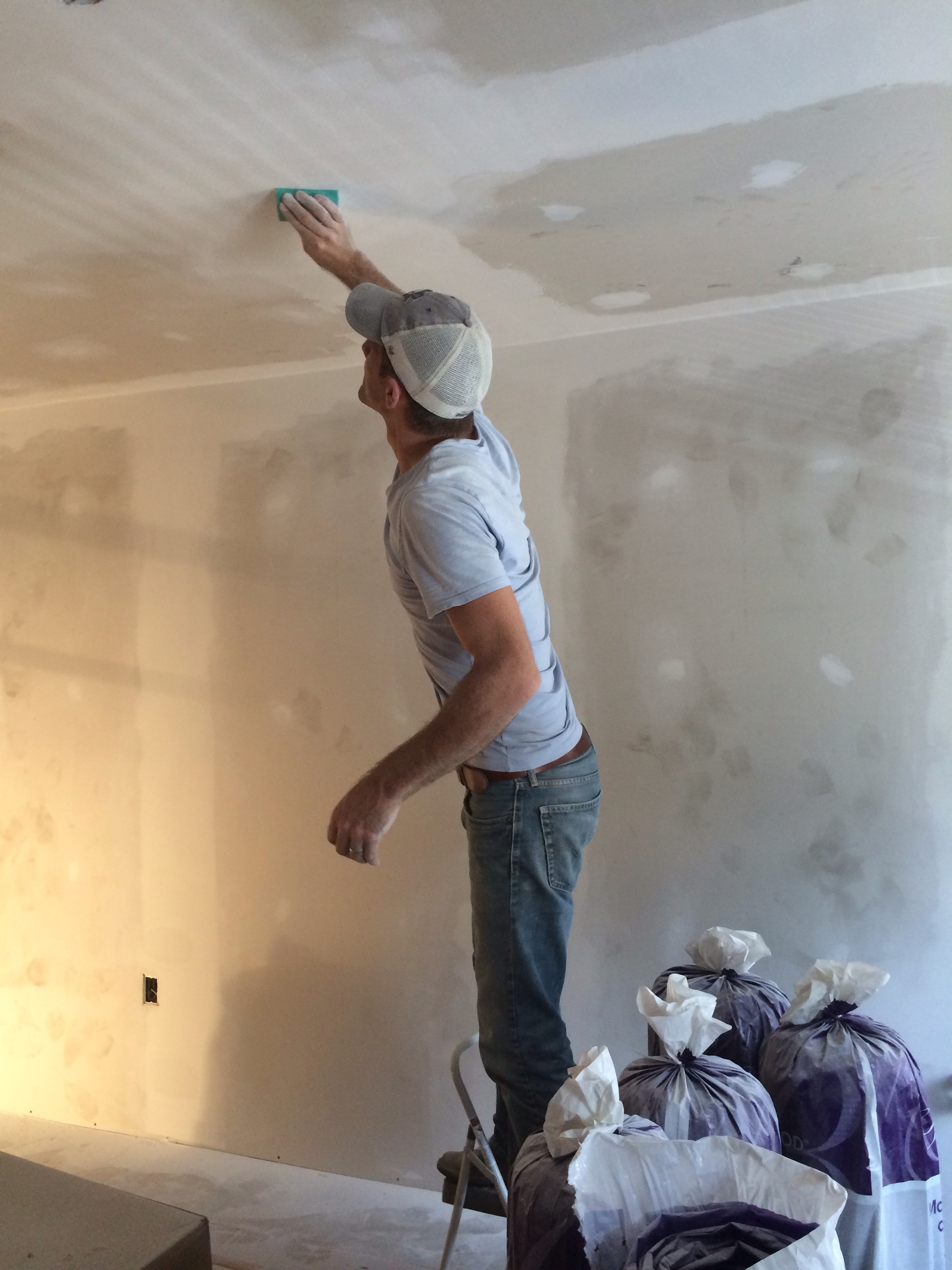 I Follow Behind Him And Wipe The Walls With A Damp Cloth To Remove Any  Extra Sanding Bits Or Dust.