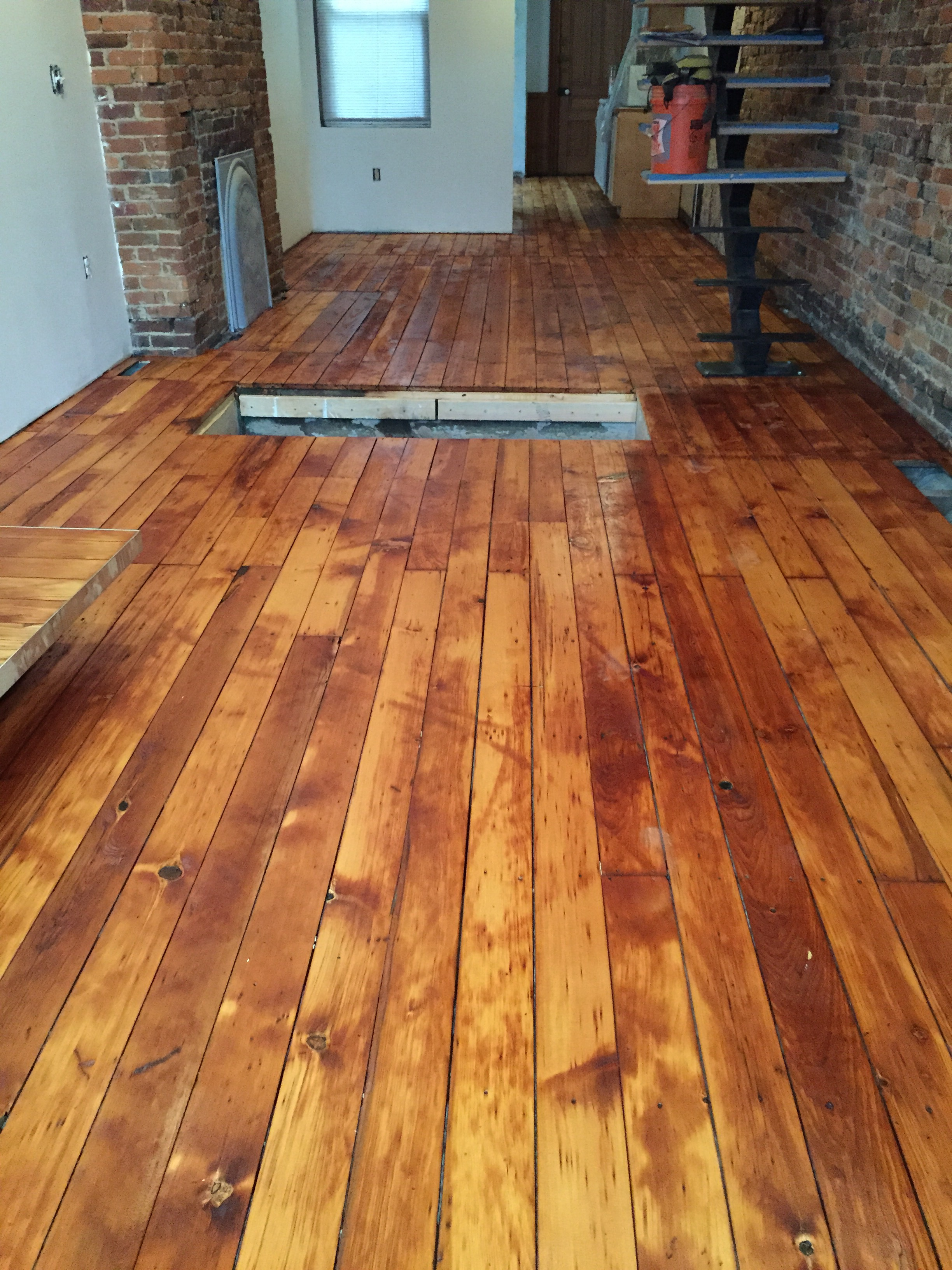 Is water based polyurethane vs oil based - When We Put New Pine Floors In Our Upstairs A Clear Water Based Polyurethane On Them